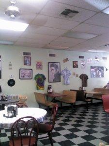 Love me a retro diner!!